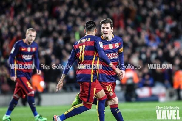 Neymar y Messi celebrando un gol en la 2015/2016. Foto: Alex Gallardo, VAVEL.com