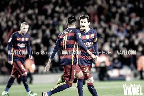 Leo Messi y Neymar celebrando un gol en la temporada 2015/16. Foto: Alex Gallardo, VAVEL.com