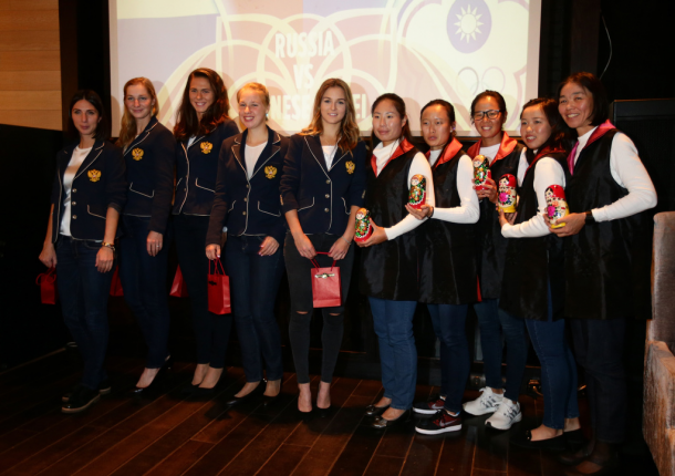 Both teams at the official dinner ahead of the tie | Photo: Fed Cup/Andrei Golovanov
