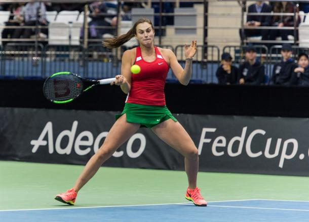 Aryna Sabalenka in action | Photo: Daniel Kopatsch/Fed Cup