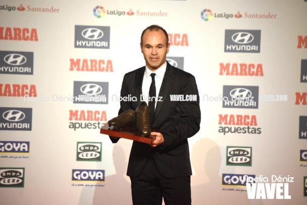 Andrés Iniesta se corona como el jugador más valioso de la Selección Española. | Fotografía: Noelia Déniz