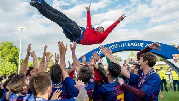 El Juvenil A 2017/2018 celebrando el título de la UYL. FOTO: UEFA.com