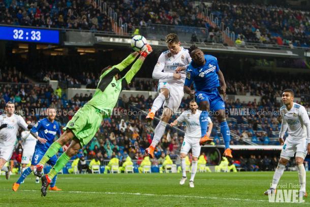 Cristiano anotando el tercer gol del Real Madrid // Fuente: Dani Nieto (VAVEL)