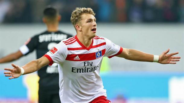 El joven de sólo 17 años es una de las grandes promesas del fútbol mundial. Foto: Bundesliga