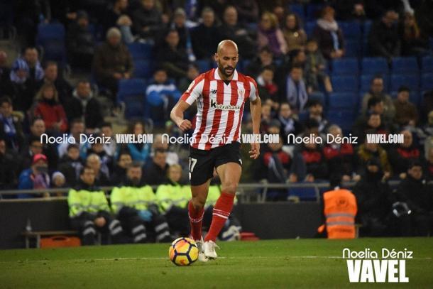 Mikel Rico con el balón en los pies. | Foto: Noelia Déniz VAVEL.