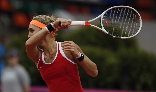 Elena Vesnina in action during Fed Cup play | Photo: Andrei Golovanov/Sergei Kivrin/Fed Cup