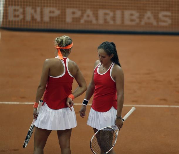 Elena Vesnina and Daria Kasatkina in doubles action on Sunday | Photo: Andrei Golovanov/Sergei Kivrin/Fed Cup