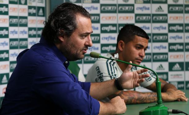 Alexandre Mattos comandou a negociação e fez o desejo de Dudu se concretizar, continuando no Palmeiras (Foto: Cesar Greco/Ag Palmeiras/Divulgação)