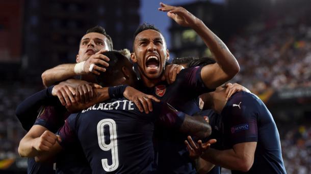 Los jugadores del Arsenal celebrando un gol. FOTO: UEFA.com