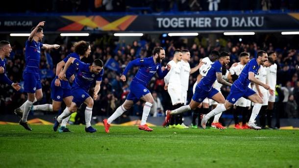 Los jugadores del Chelsea celebrando la victoria en los penaltis. FOTO: UEFA.com