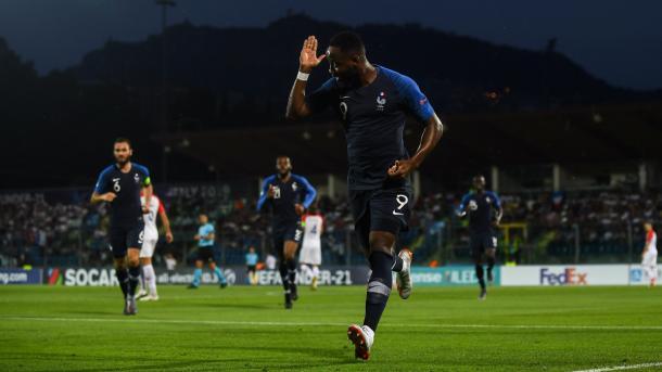 Dembelé, el nueve francés, celebra su tanto a Croacia / Foto: UEFA