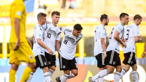 Alemania consiguió su pase a semifinales tras ganar a Rumanía en semifinales | UEFA.com