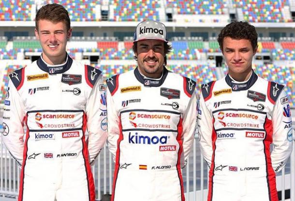 Phil Hanson, Fernando Alonso y Lando Norris participaron en las 24 Horas de Daytona de 2018 | Fuente: @alo_oficial