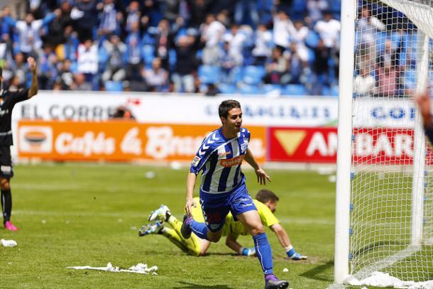 Llamas marcó dos goles en la temporada del ascenso  |  Fotografía: Deportivo Alavés