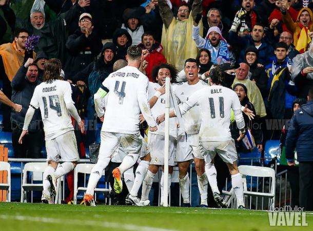 Ronaldo and his Madrid teammates celebrate his winner - Wolfsburg. Dani Mullor/VAVEL