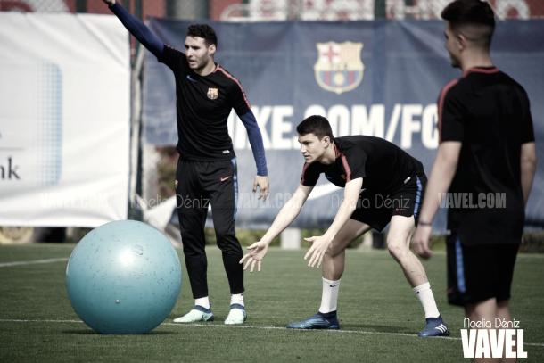 Con ganas de que ruede el balón en el Miniestadi | Foto de Noelia Déniz, VAVEL