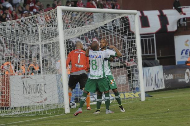 Chape venceu em Joinville com gol de Ananias (Foto: Divulgação/Chapecoense)
