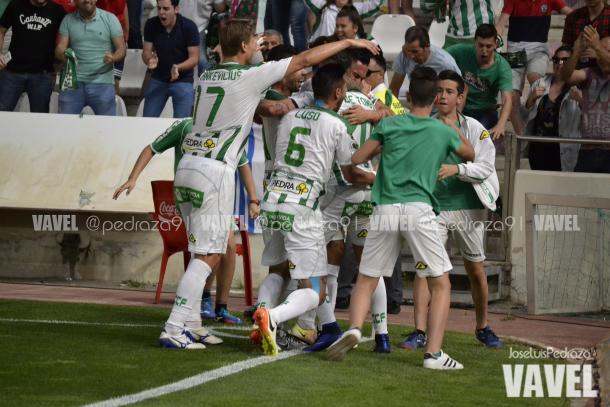 Celebración del gol de Raúl de Tomás frente a la UD Almería   Foto: Jose Luis Pedraza (VAVEL.com)