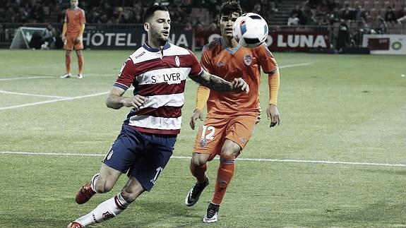 Con el Granada CF | Fuente: granadacf.ideal.es