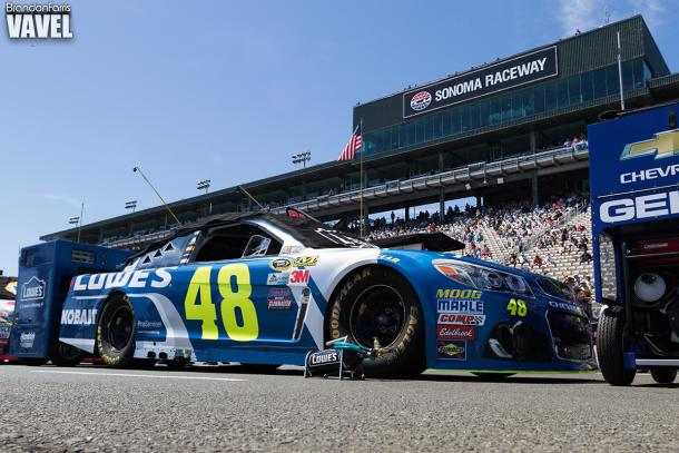 Defending Series champion Jimmie Johnson takes part in Duel two | Picture Credit: Brandon Farris