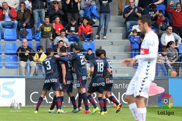 El Huesca en el partido ante el Nàstic | Foto: LFP.