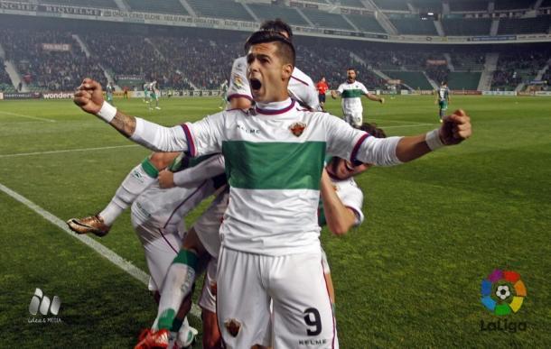 León celebra uno de sus tantos | Foto: LFP.