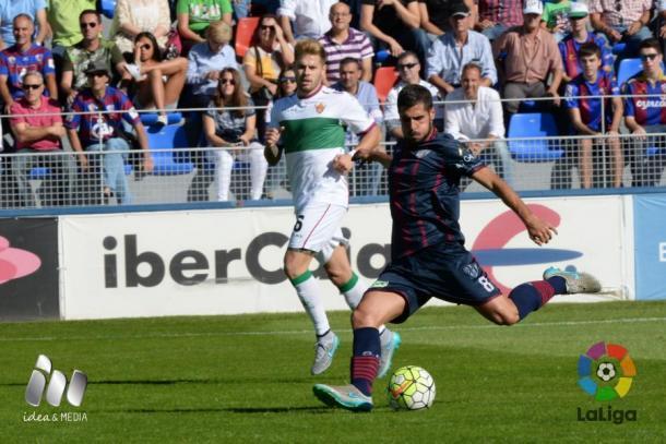 Mandi en un partido ante el Huesca | Foto: LFP.