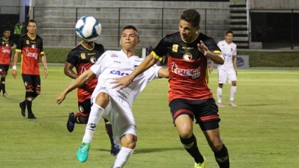Abecedistas marcam um gol em cada tempo e levam a melhor em duelo estadual (Foto: Andrei Torres/ABC)