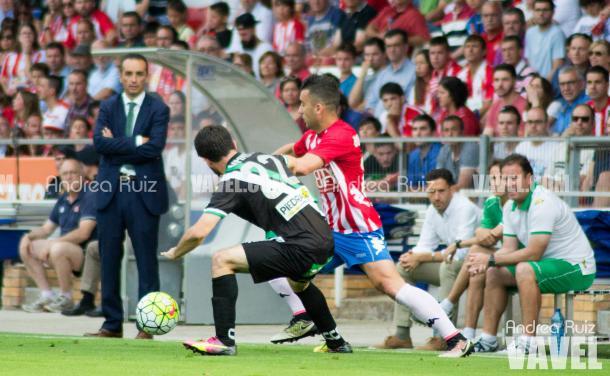 Nando defiende a Borja García ante Oltra   Foto: Andrea Ruiz (VAVEL.com)