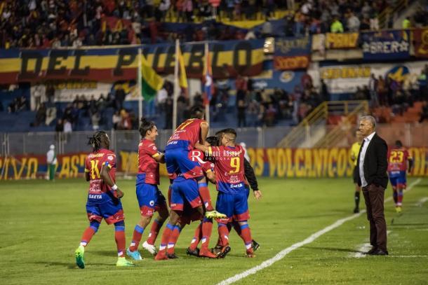 Deportivo Pasto celebrando el segundo gol contra Junior. Foto: Quique Rosero Jaramillo.