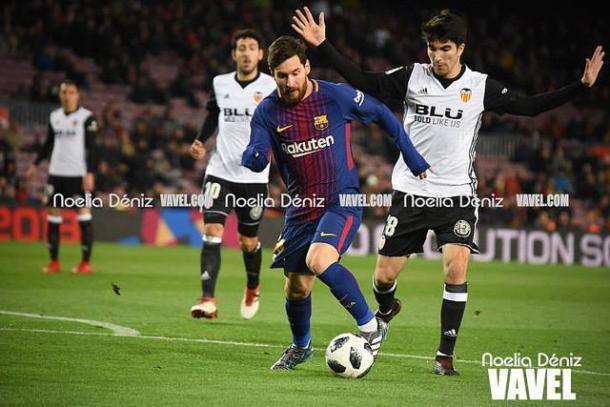 Messi ante el Valencia en semifinales de Copa del Rey | Foto: Noelia Déniz - VAVEL