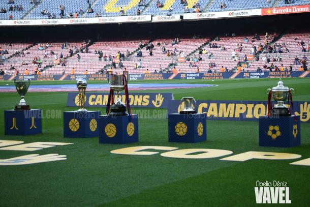 El Barça presentó las cinco Copas del Rey a la afición en el partido frente al Villarreal. | Foto: Noelia Déniz (VAVEL)