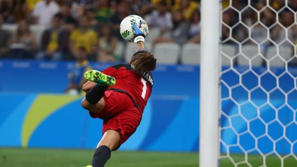 Australian goalkeeper Lydia Williams had plenty of good saves. Source: Getty Images