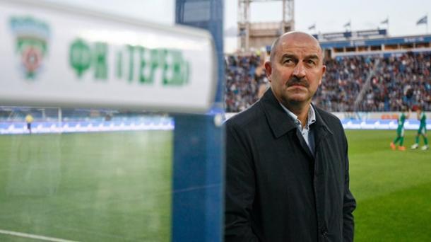 Cherchésov, seleccionador de Rusia. Fuente: FIFA