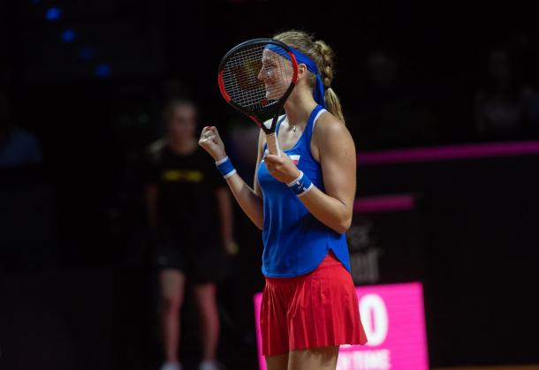 Petra Kvitova celebrates winning the one-sided affair | Photo: Paul Zimmer / Fed Cup
