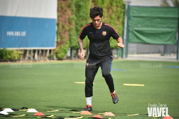 Samu Araújo entrenando con el filial azulgrana en la Ciutat Esportiva Joan Gamper | Foto de Noelia Déniz, VAVEL