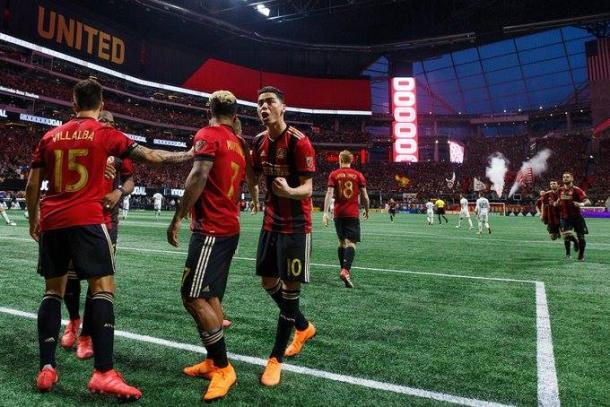Atlanta United players celebrate a goal. | Photo: Atlanta United FC on Twitter (@ATLUTD)