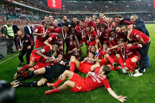 Los jugadores celebran la Supercopa | Foto: FC Spartak Moscú