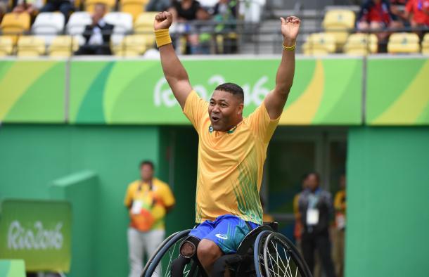 Rodrigues celebra a vitória/ Foto: Cleber Mendes/MPIX/CPB