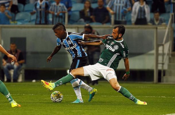 Miller teve atuação apagada no jogo (Foto: Divulgação/Grêmio)