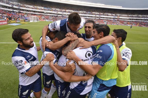 Puebla festejando la victoria ante Querétaro I Foto: Rodrigo Peña VAVEL