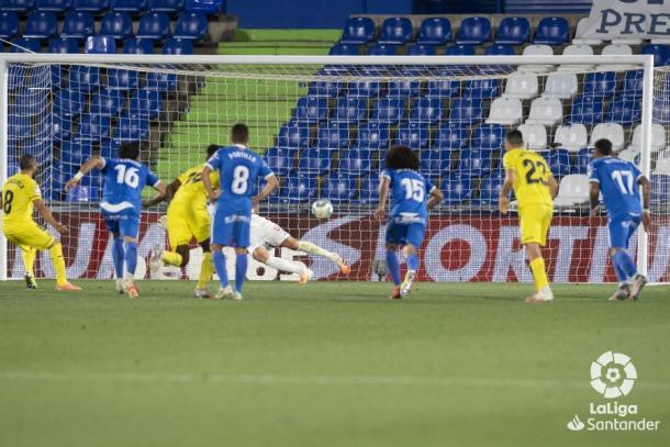Penalti de Cazorla / Foto: LaLiga