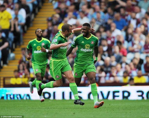 The partnership of Cattermole and M'Vila has helped Sunderland improve. (Photo: Graham Chadwick)