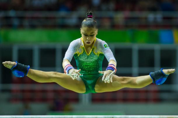Flavia Saraiva performs on the uneven bars at the Aquece Rio Test Event/Getty Images