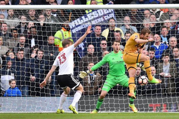 Il raddoppio di Kane, www.twitter.com (@SpursOfficial)
