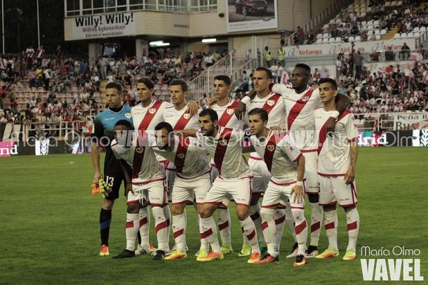 Formación titular del Rayo en el encuentro ante el Cádiz de la primera vuelta | Foto: María Olmo (VAVEL)