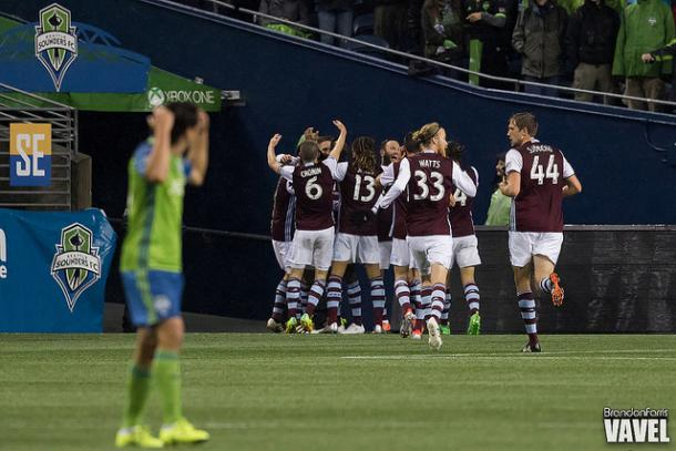 Colorado Rapids players celebrate Kevin Doyle's goal in the 13th minute | Source: Brandon Farris - VAVEL USA