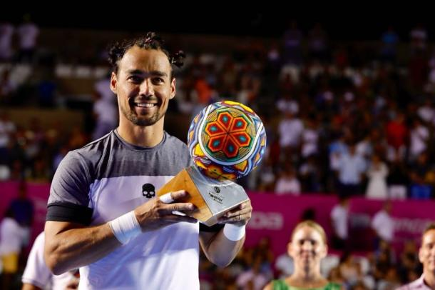 Fabio Fognini hoists the trophy in Los Cabos. Photo: Los Cabos Open