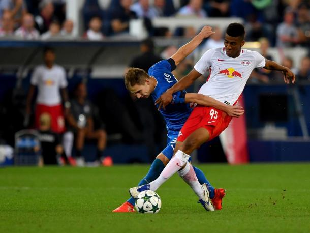 Bernardo in action against Dinamo Zagreb for Salzburg. | Photo: RB Leipzig