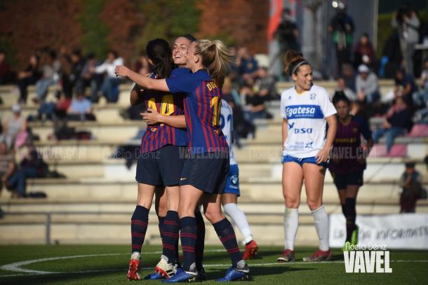 Duggan y Aitana celebrando un gol ante el Granadilla | Foto: Noelia Déniz (VAVEL)